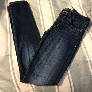 Abercrombie & Fitch Jeans - Like New Abercrombie 0S Super Skinny